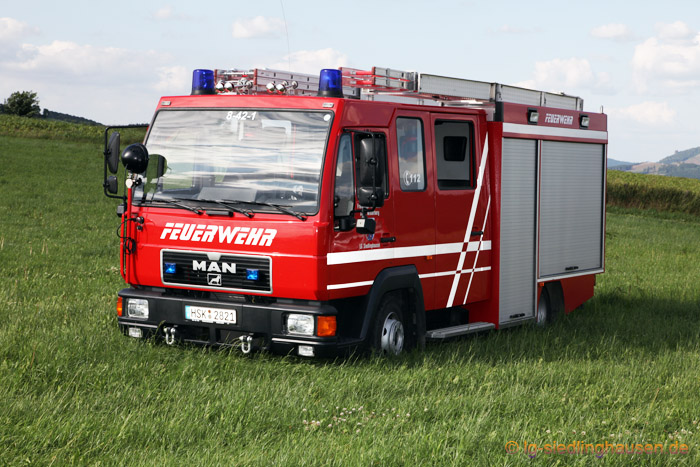 LF8 6 R